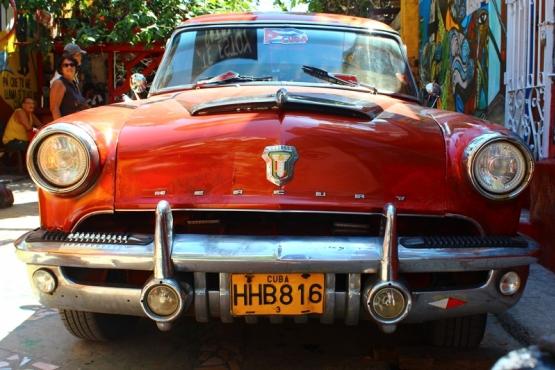 Coche clásico en La Habana - Viaje a medida a Cuba