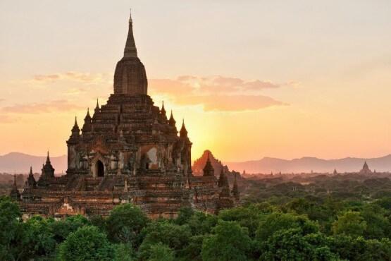 Pagoda en Bagán - Viaje fotográfico a Myanmar