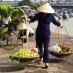 Vendedora en Hanoi - viaje en grupo a Vietnam y Camboya