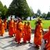 Monjes en el Gran Palacio de Bangkok - Viaje a medida a Tailandia